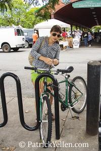 girl_bike_wm
