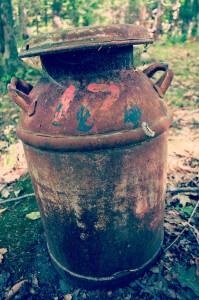 rusty-milk-can-nashville