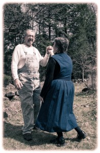 smiling-farmer-dancing-with-his-wife-in-the-garden